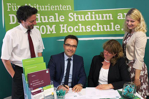 Bild zu: Kooperation mit dem FOM Hochschulzentrum startet