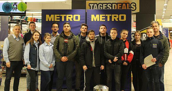 Bild zu: Schüler/innen vom Hans-Böckler-Berufskolleg erkunden Großhandelsbetrieb